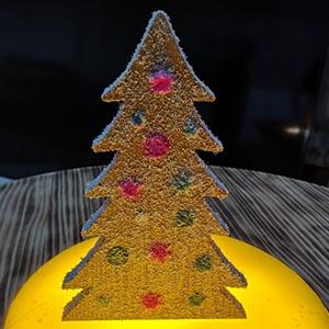 Arbolito de Navidad con nieve